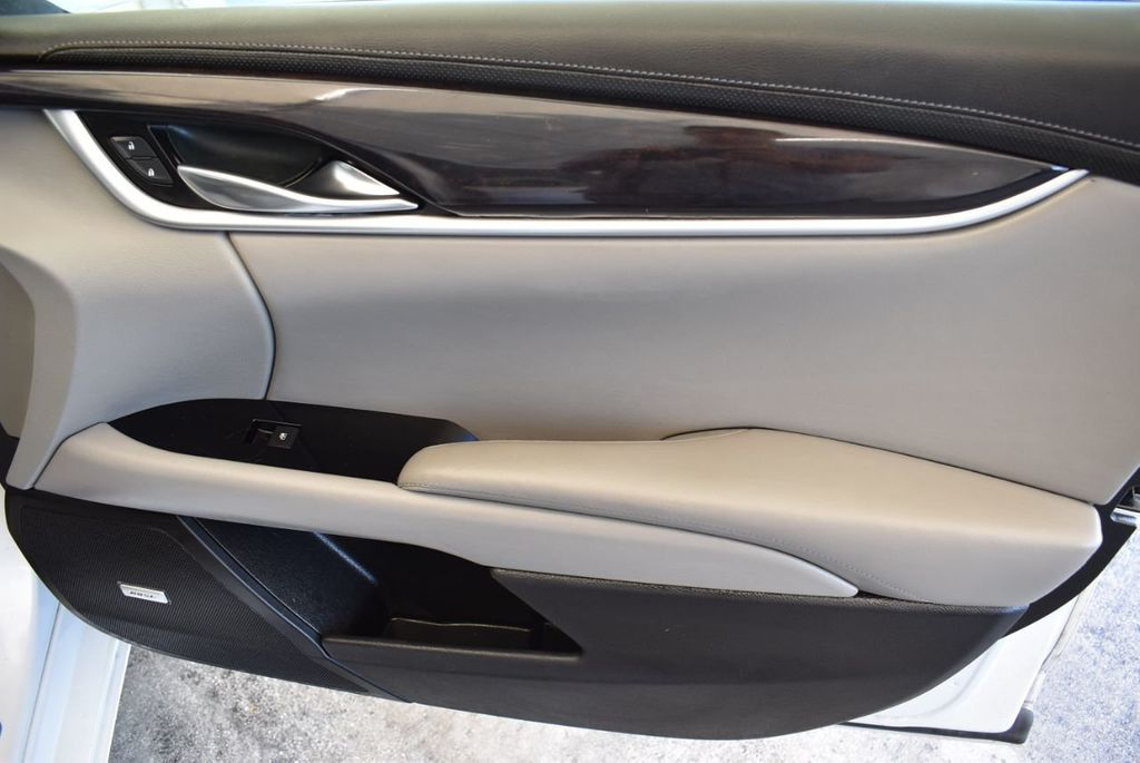 2017 Cadillac XTS 4dr Sedan Luxury FWD - 18122101 - 23
