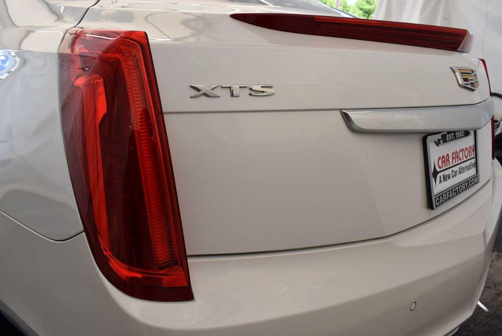 2017 Cadillac XTS 4dr Sedan Luxury FWD - 18122101 - 5