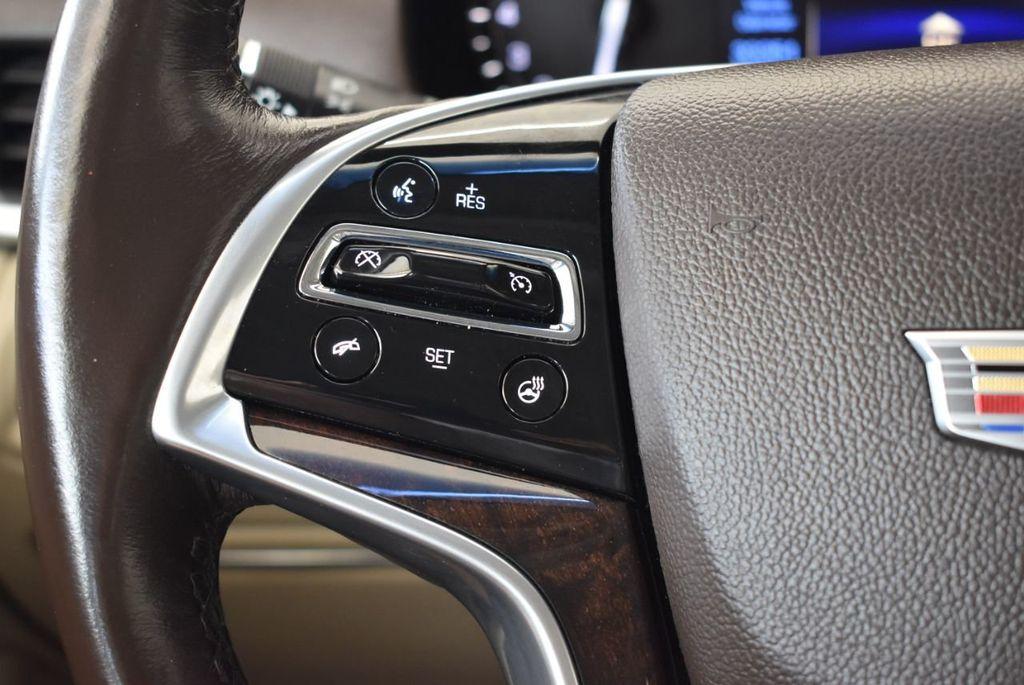 2017 Cadillac XTS 4dr Sedan Luxury FWD - 18433022 - 19