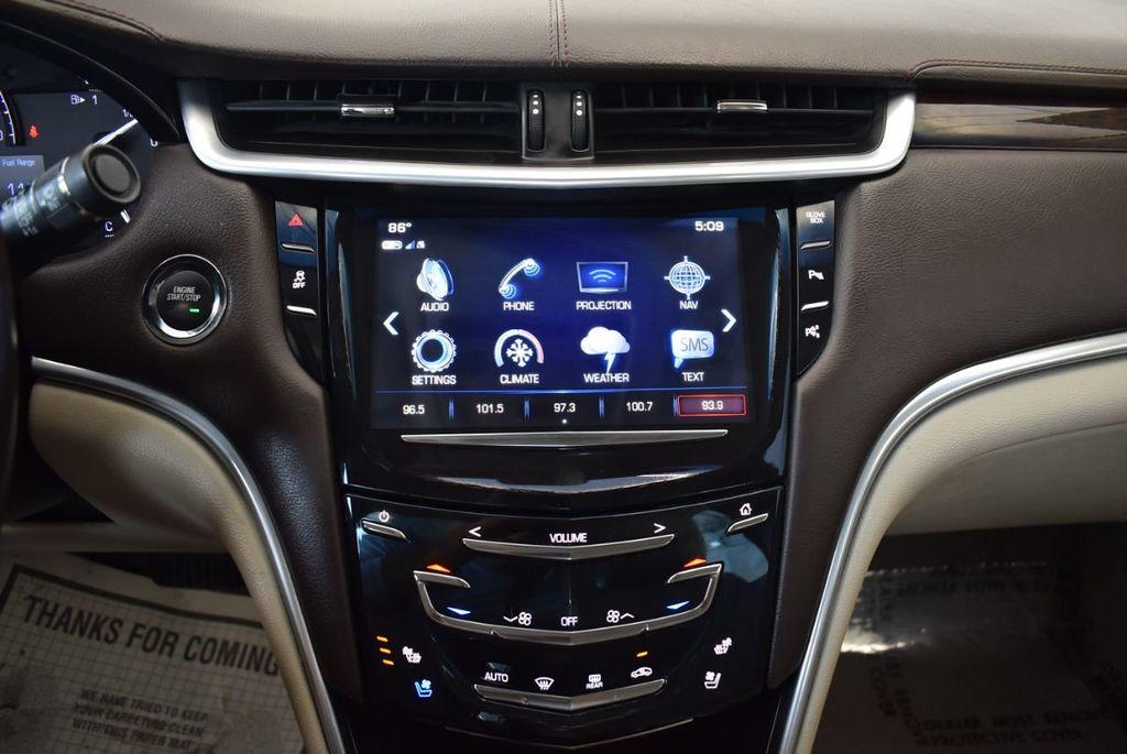 2017 Cadillac XTS 4dr Sedan Luxury FWD - 18433022 - 20
