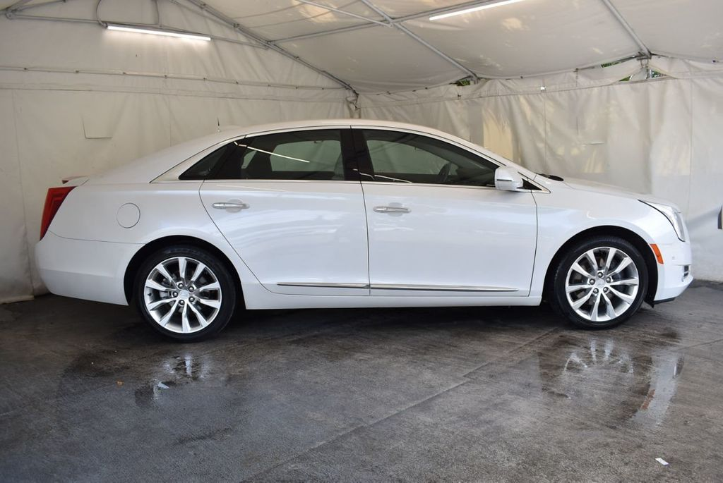 2017 Cadillac XTS 4dr Sedan Luxury FWD - 18433022 - 2