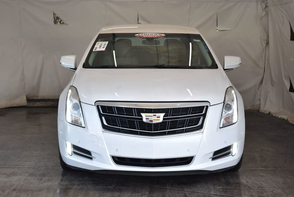 2017 Cadillac XTS 4dr Sedan Luxury FWD - 18433022 - 3
