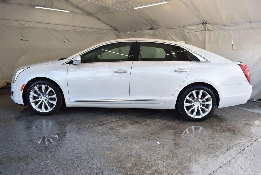 2017 Cadillac XTS 4dr Sedan Luxury FWD - 18433022 - 4