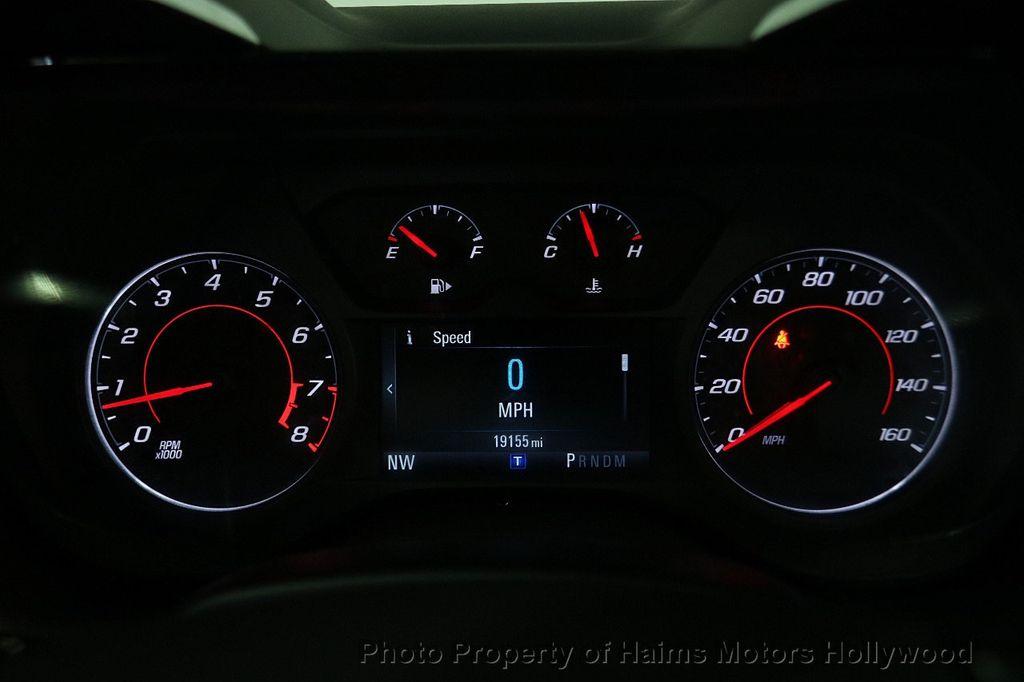 2017 Chevrolet Camaro 2dr Convertible LT w/1LT - 16981521 - 29