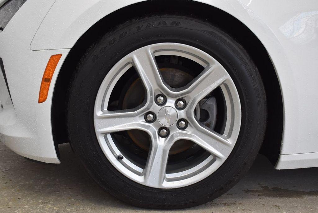 2017 Chevrolet Camaro 2dr Coupe LT w/1LT - 18571147 - 9