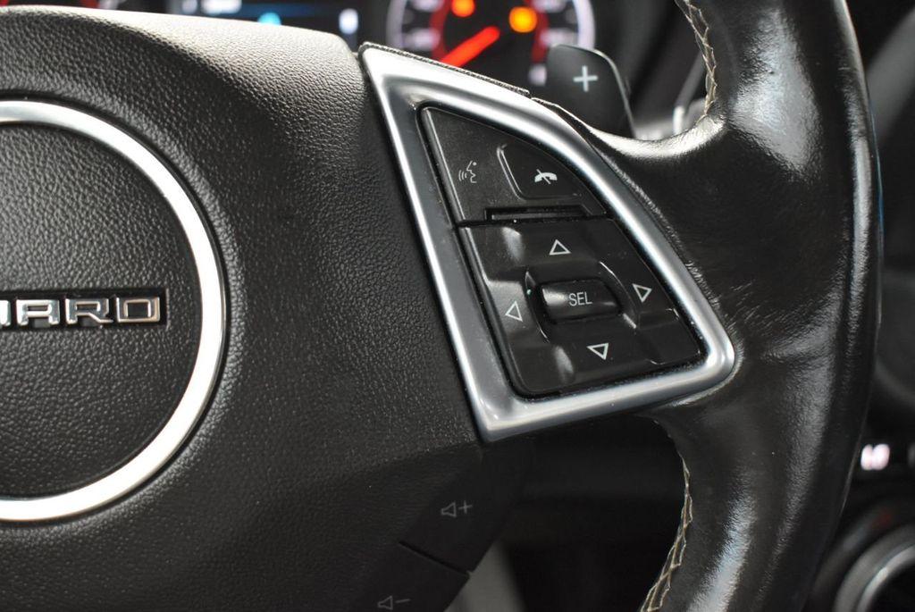2017 Chevrolet Camaro 2dr Coupe LT w/1LT - 18571147 - 19