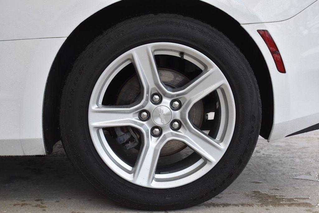 2017 Chevrolet Camaro 2dr Coupe LT w/1LT - 18571147 - 8