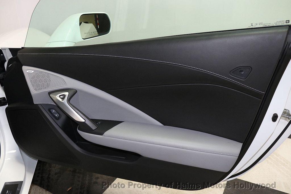 2017 Chevrolet Corvette 2dr Stingray Coupe w/3LT - 17938746 - 13