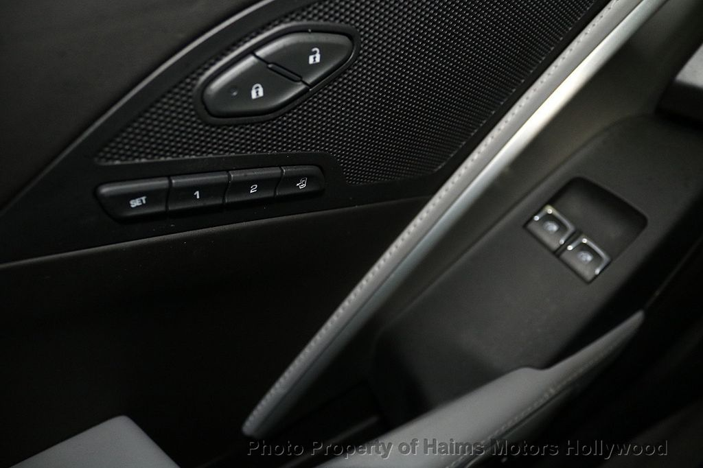 2017 Chevrolet Corvette 2dr Stingray Coupe w/3LT - 17938746 - 23