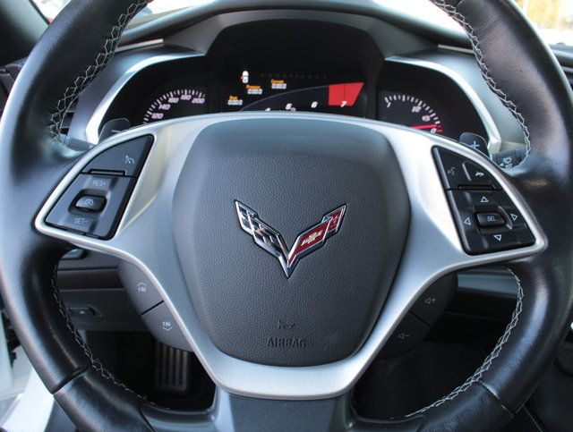 2017 Chevrolet Corvette 2dr Stingray Z51 Coupe w/2LT - Click to see full-size photo viewer
