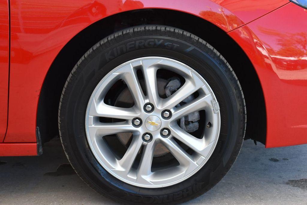 2017 Chevrolet CRUZE  - 18615529 - 9