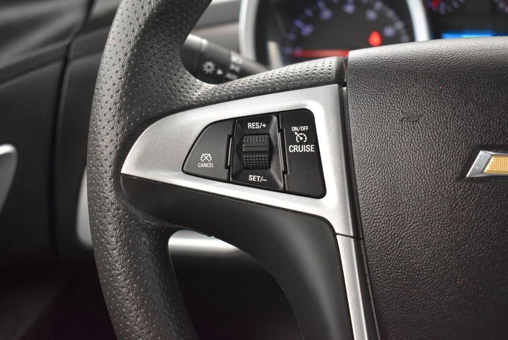2017 Chevrolet Equinox FWD 4dr LT w/1LT - 18070720 - 19