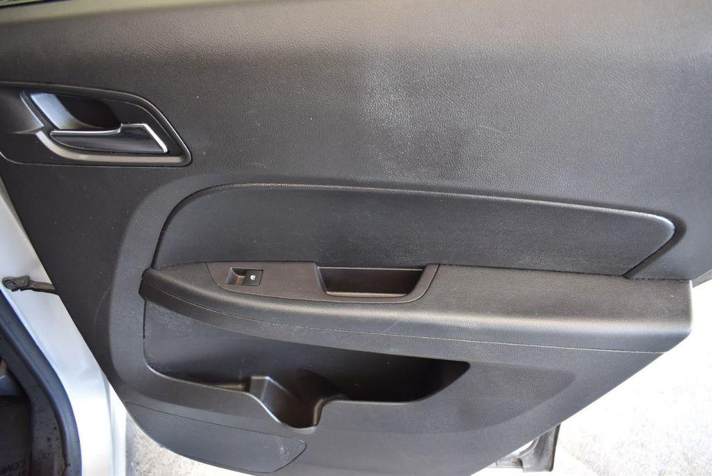 2017 Chevrolet Equinox FWD 4dr LT w/1LT - 18070720 - 23