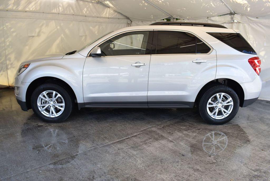 2017 Chevrolet Equinox FWD 4dr LT w/1LT - 18070720 - 4