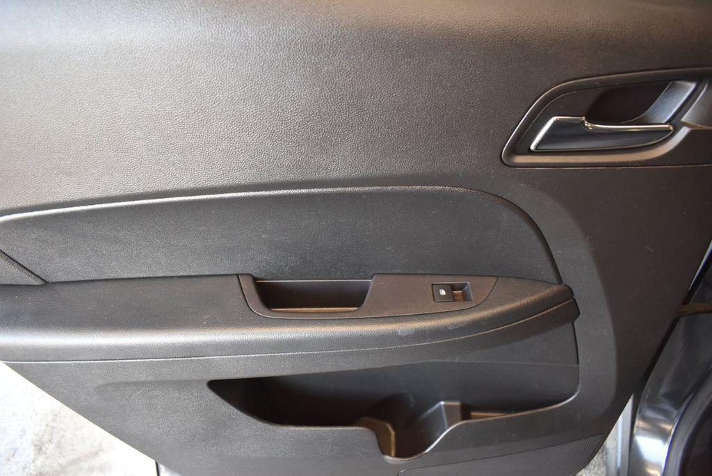 2017 Chevrolet Equinox FWD 4dr LT w/1LT - 18122103 - 21