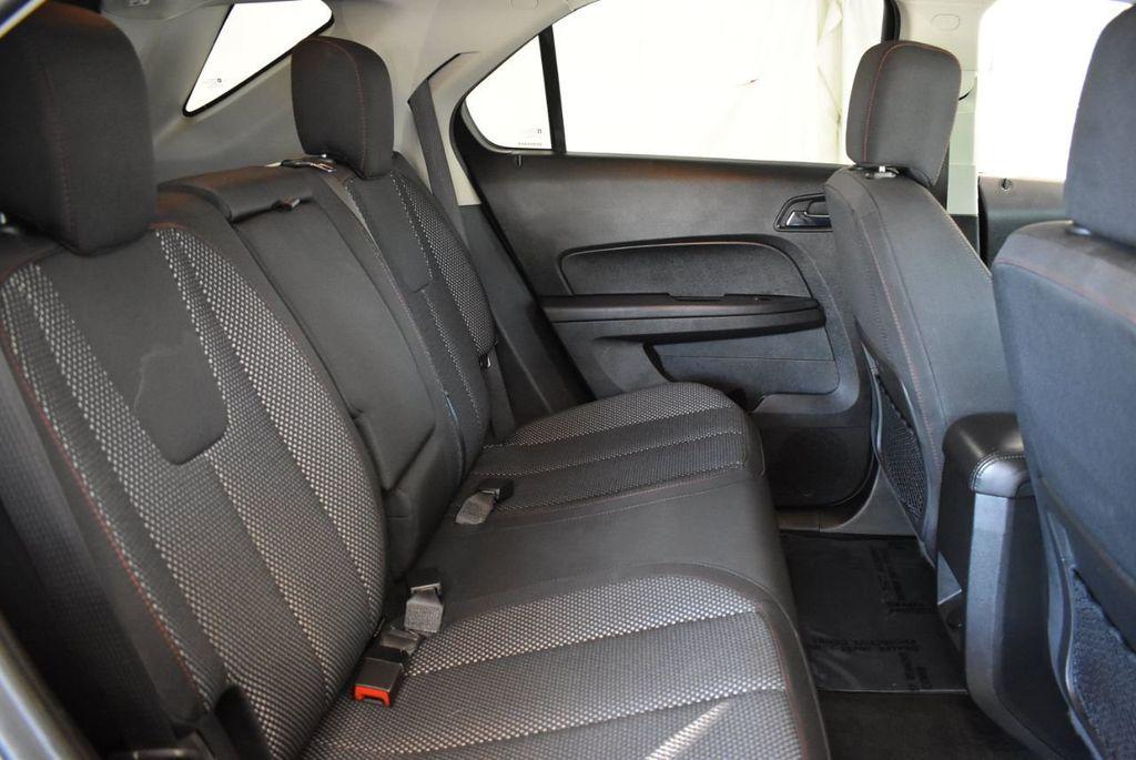 2017 Chevrolet Equinox FWD 4dr LT w/1LT - 18122103 - 24