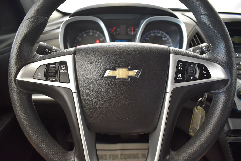 2017 Chevrolet Equinox FWD 4dr LT w/1LT - 18122104 - 17