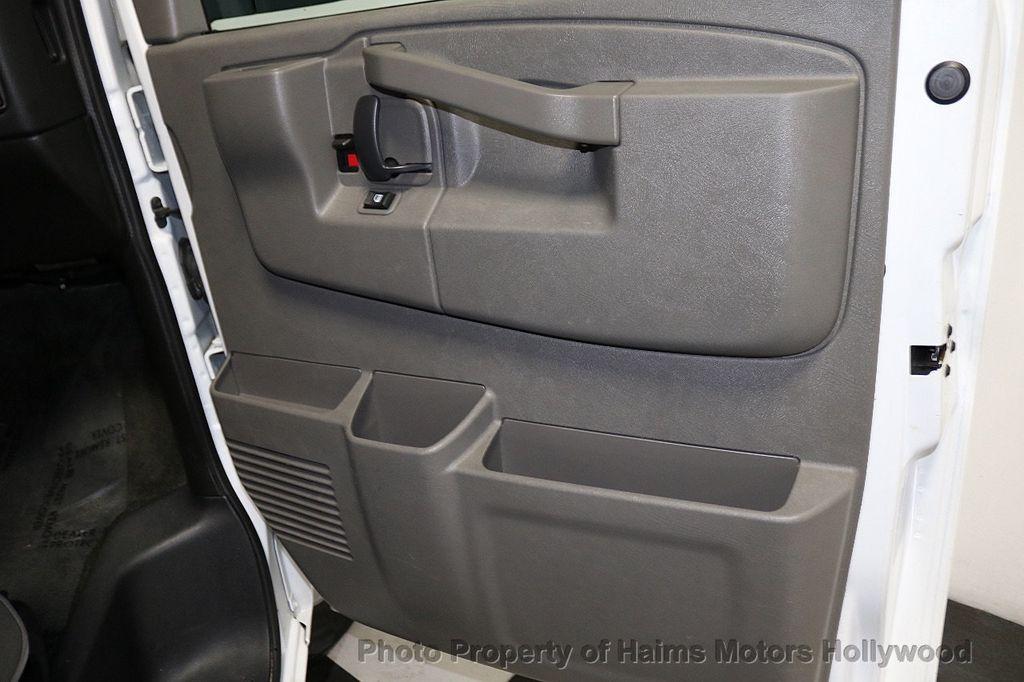 "2017 Chevrolet Express Passenger RWD 3500 155"" LT w/1LT - 18653724 - 10"
