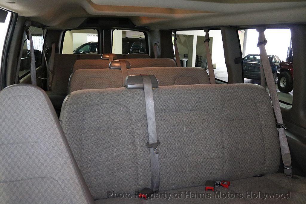 "2017 Chevrolet Express Passenger RWD 3500 155"" LT w/1LT - 18653724 - 13"