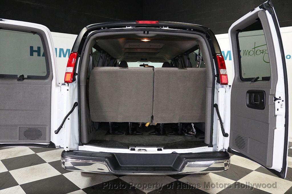 "2017 Chevrolet Express Passenger RWD 3500 155"" LT w/1LT - 18653724 - 7"