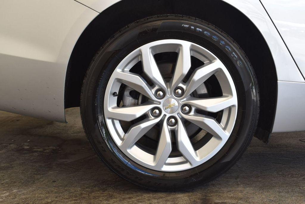 2017 Chevrolet Impala 4dr Sedan LT w/1LT - 17965858 - 9