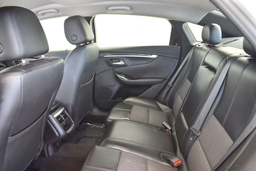 2017 Chevrolet Impala 4dr Sedan LT w/1LT - 17965858 - 14