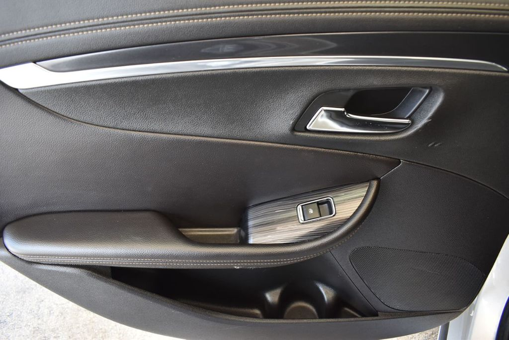2017 Chevrolet Impala 4dr Sedan LT w/1LT - 17965858 - 15