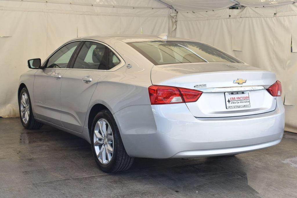 2017 Chevrolet Impala 4dr Sedan LT w/1LT - 17965858 - 5