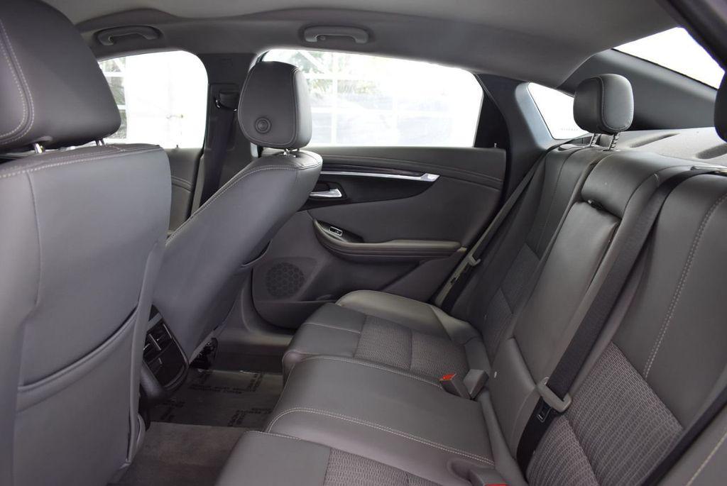 2017 Chevrolet Impala 4dr Sedan LT w/1LT - 18546160 - 10