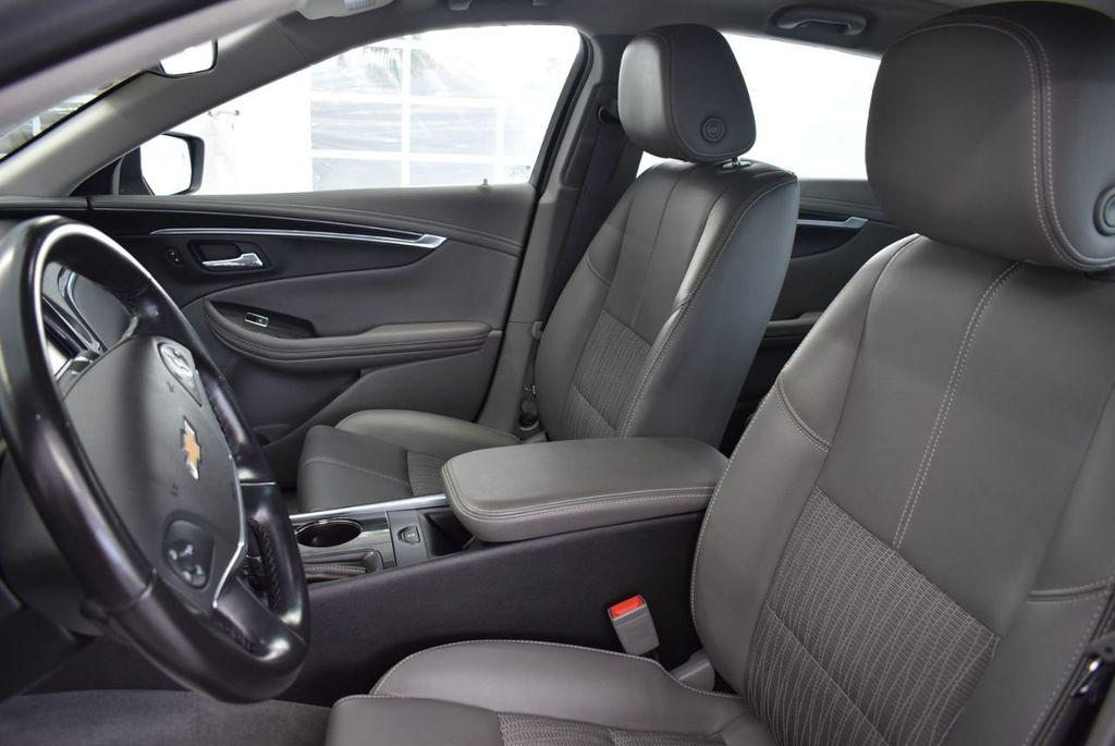 2017 Chevrolet Impala 4dr Sedan LT w/1LT - 18546160 - 12