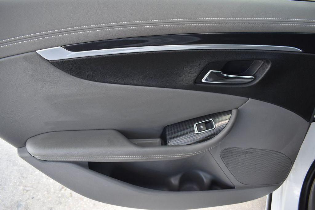 2017 Chevrolet Impala 4dr Sedan LT w/1LT - 18546161 - 13