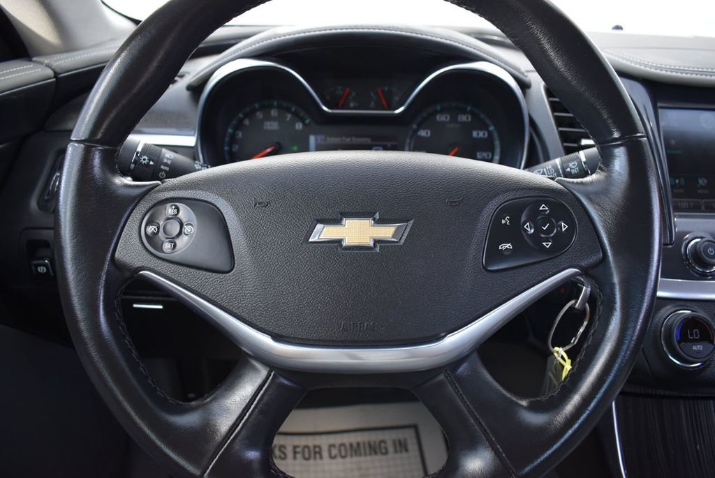 2017 Chevrolet Impala 4dr Sedan LT w/1LT - 18546161 - 17