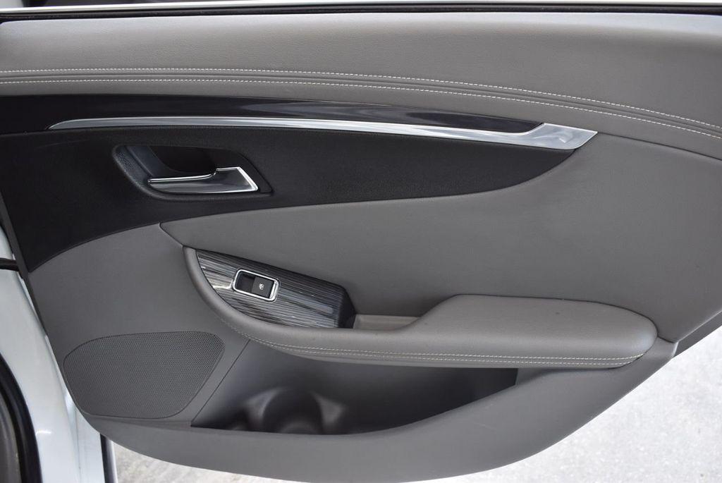 2017 Chevrolet Impala 4dr Sedan LT w/1LT - 18546161 - 23