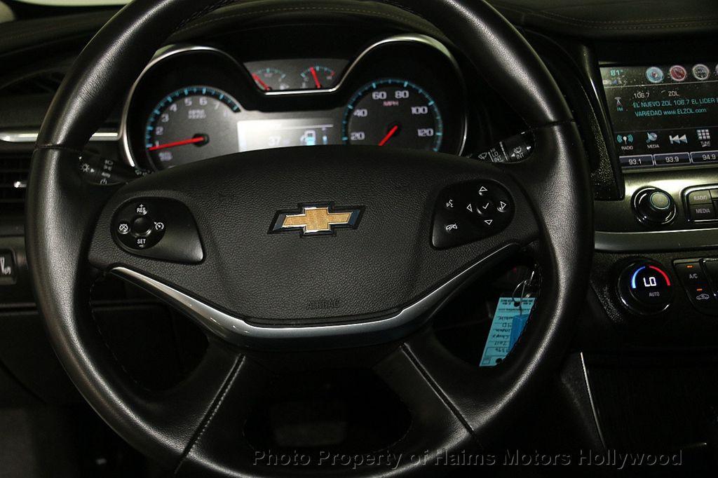 2017 Chevrolet Impala 4dr Sedan LT w/1LT - 17093608 - 24