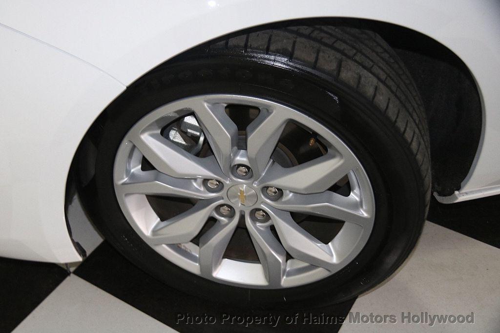2017 Chevrolet Impala 4dr Sedan LT w/1LT - 17093608 - 28