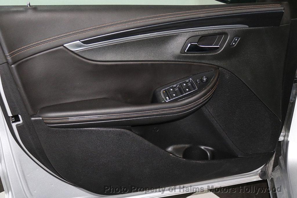 2017 Chevrolet Impala 4dr Sedan LT w/1LT - 17474878 - 10