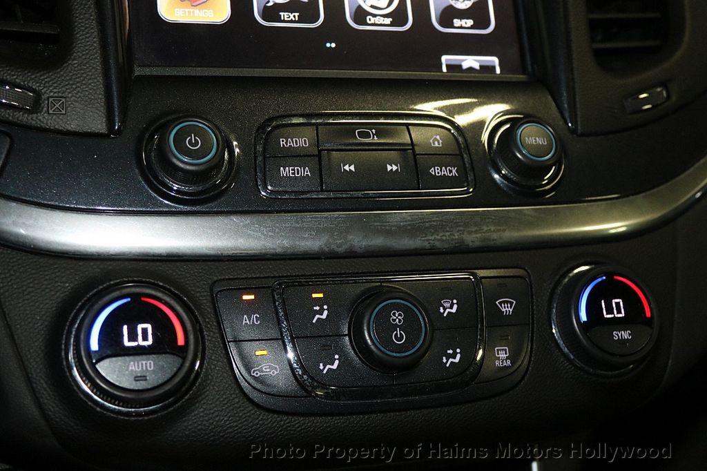 2017 Chevrolet Impala 4dr Sedan LT w/1LT - 17517251 - 19