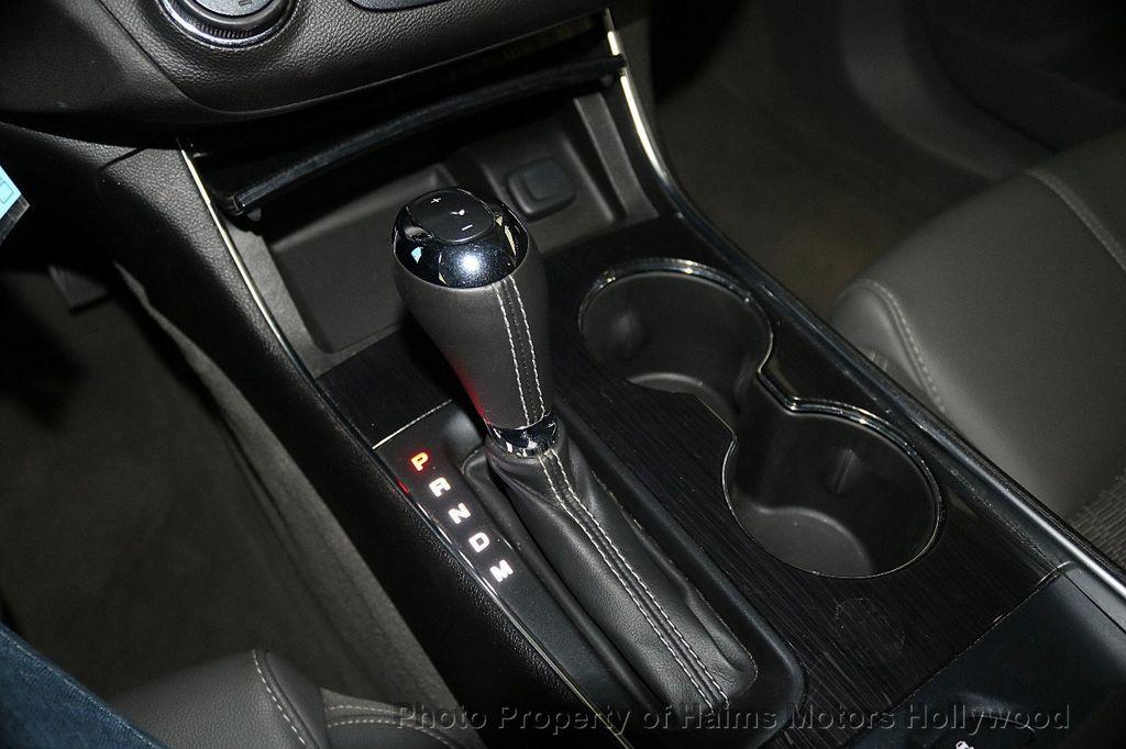 2017 Chevrolet Impala 4dr Sedan LT w/1LT - 17517251 - 21