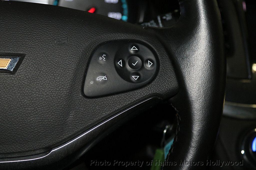 2017 Chevrolet Impala 4dr Sedan LT w/1LT - 17517251 - 24