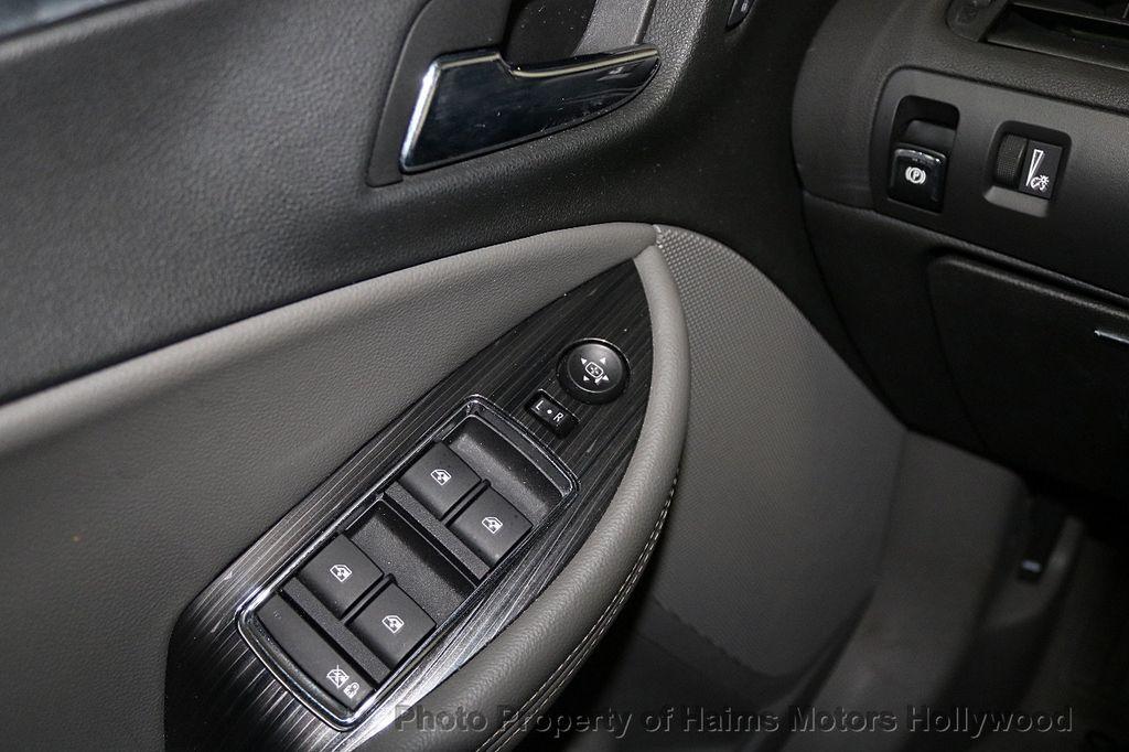 2017 Chevrolet Impala 4dr Sedan LT w/1LT - 18146980 - 21