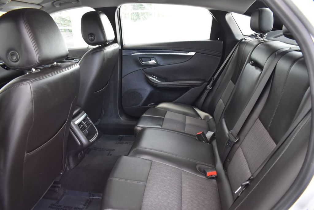 2017 Chevrolet Impala 4dr Sedan LT w/1LT - 18341573 - 12
