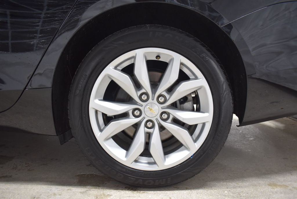 2017 Chevrolet Impala 4dr Sedan LT w/1LT - 18433247 - 10