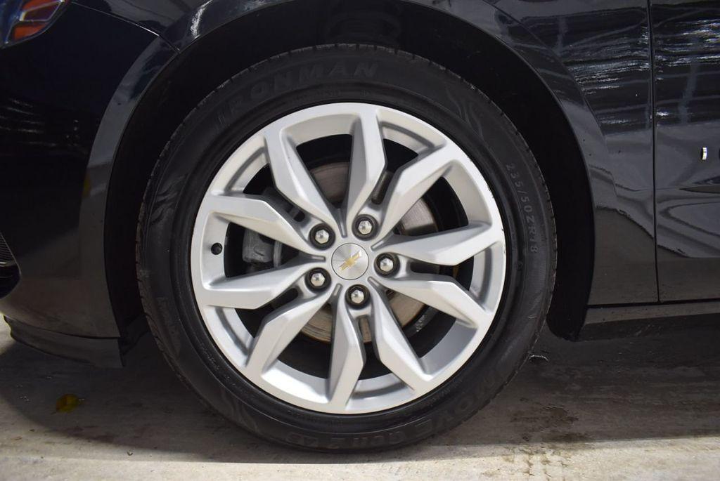 2017 Chevrolet Impala 4dr Sedan LT w/1LT - 18433247 - 11
