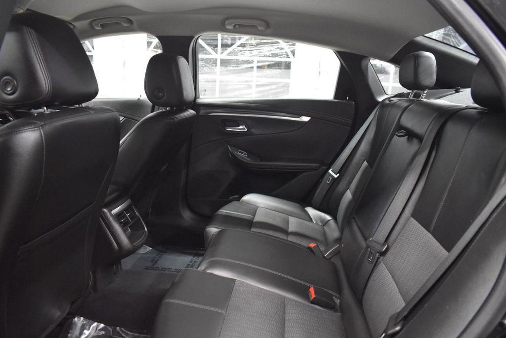 2017 Chevrolet Impala 4dr Sedan LT w/1LT - 18433247 - 12