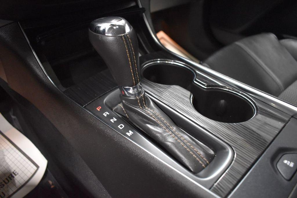 2017 Chevrolet Impala 4dr Sedan LT w/1LT - 18433247 - 21