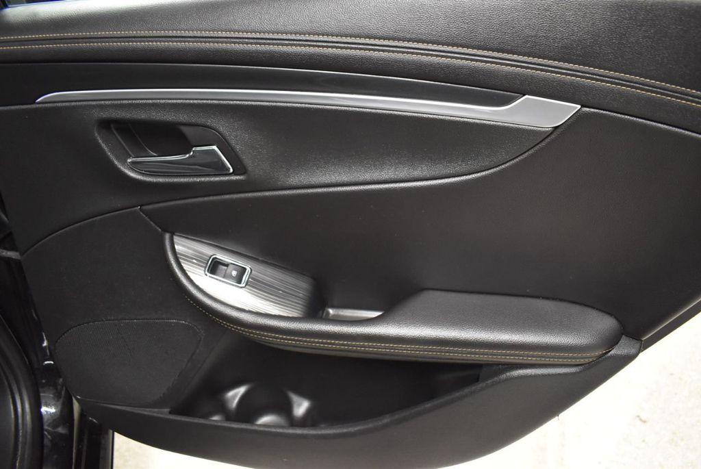 2017 Chevrolet Impala 4dr Sedan LT w/1LT - 18433247 - 23