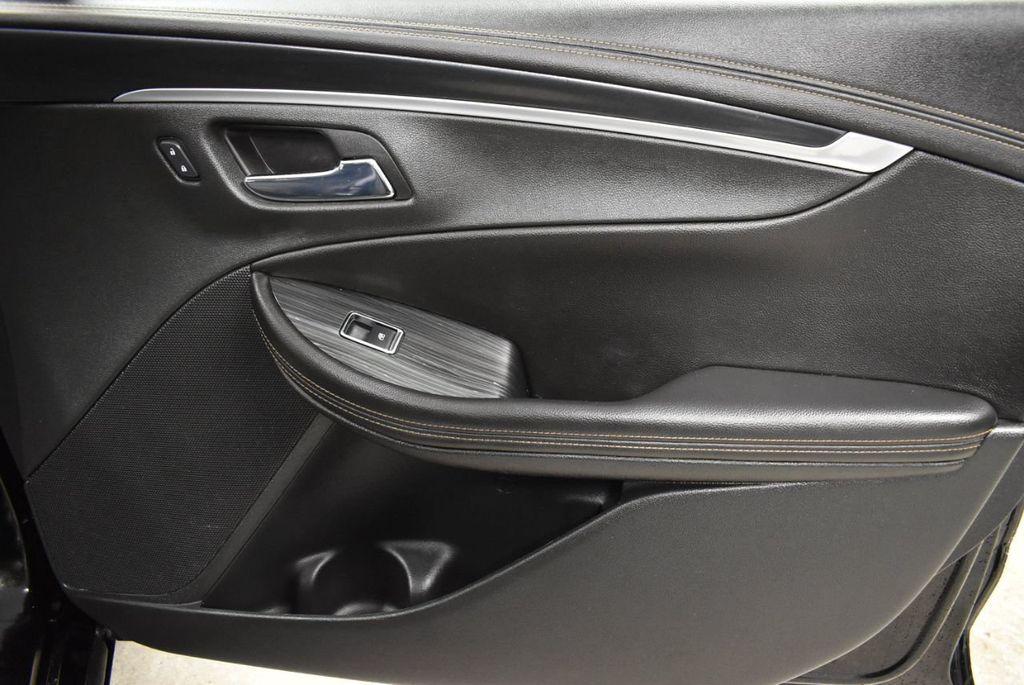 2017 Chevrolet Impala 4dr Sedan LT w/1LT - 18433247 - 24