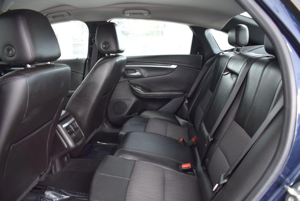 2017 Chevrolet Impala 4dr Sedan LT w/1LT - 18433248 - 12