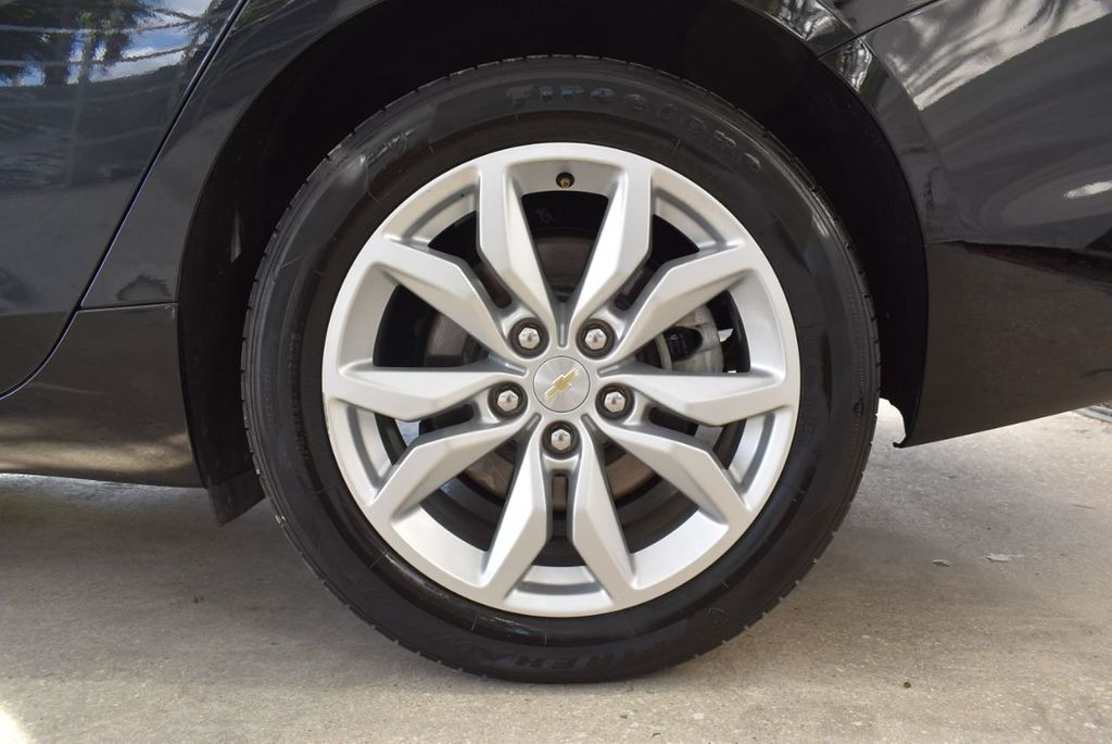 2017 Chevrolet Impala 4dr Sedan LT w/1LT - 18439606 - 10
