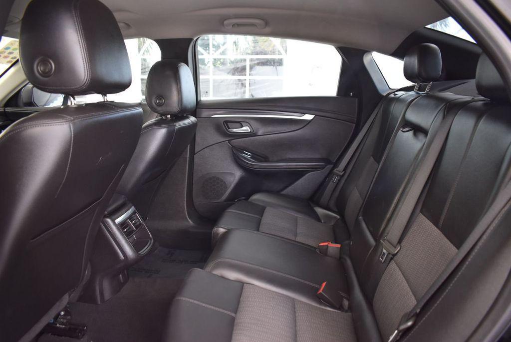 2017 Chevrolet Impala 4dr Sedan LT w/1LT - 18439606 - 12